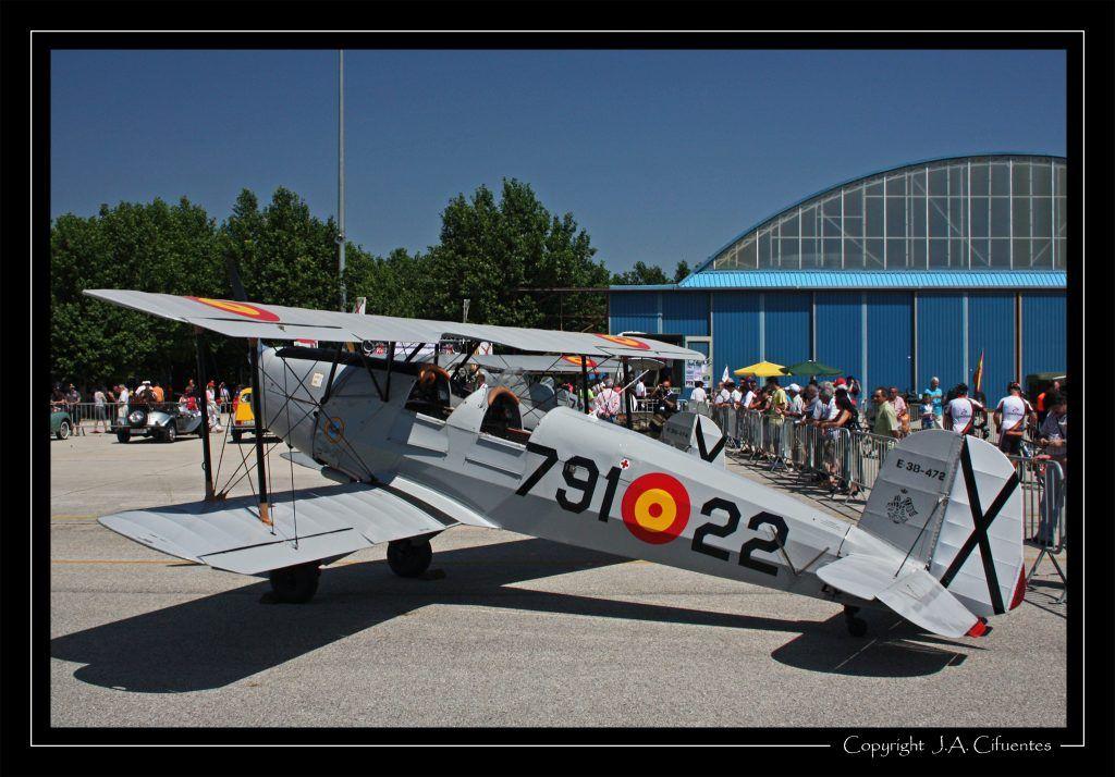 CASA-Bücker C1.131-E2000 Jungmann (EC-DAL) del Real Aeroclub de Valencia.