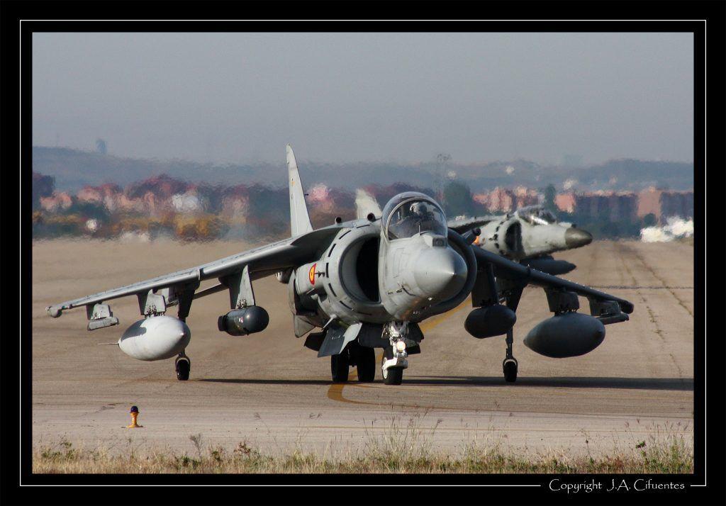 McDonnell Douglas AV-8B Harrier II de la Novena Escuadrilla de la Armada.
