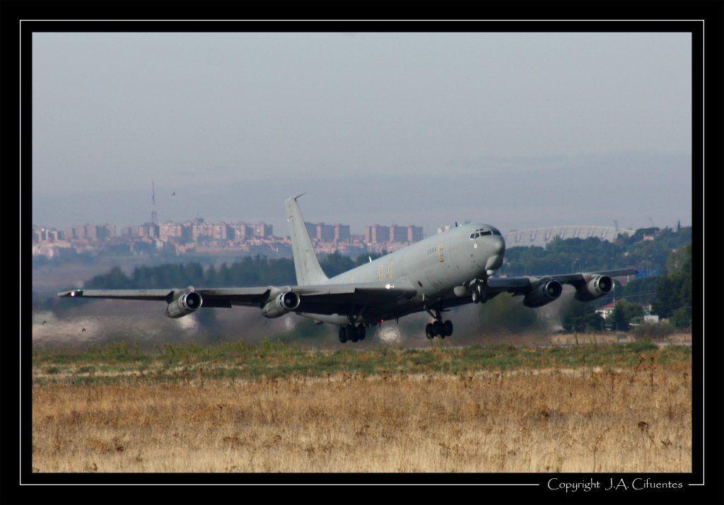 Boeing 707-351C (TM.17-4 / 47-04) del Ejercito del Aire.