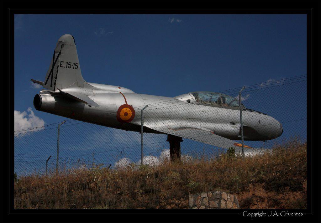 T-33 en Coruña del Conde