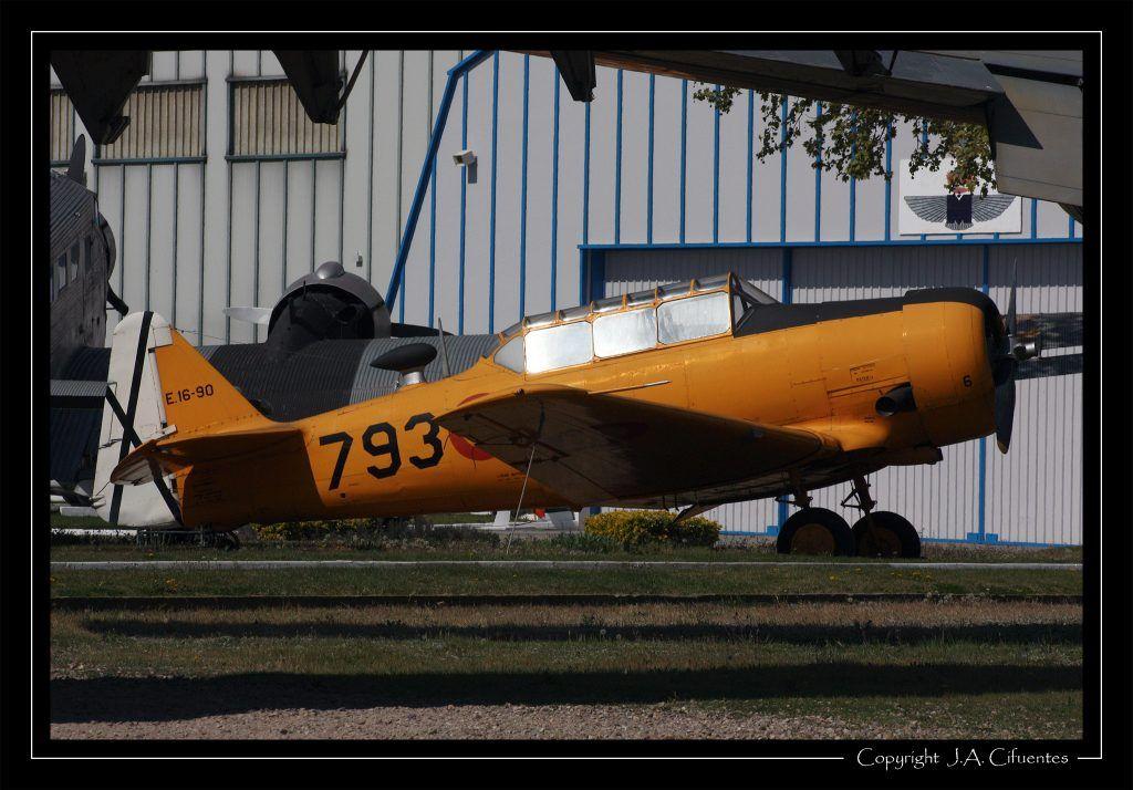 North American T-6G Texan.