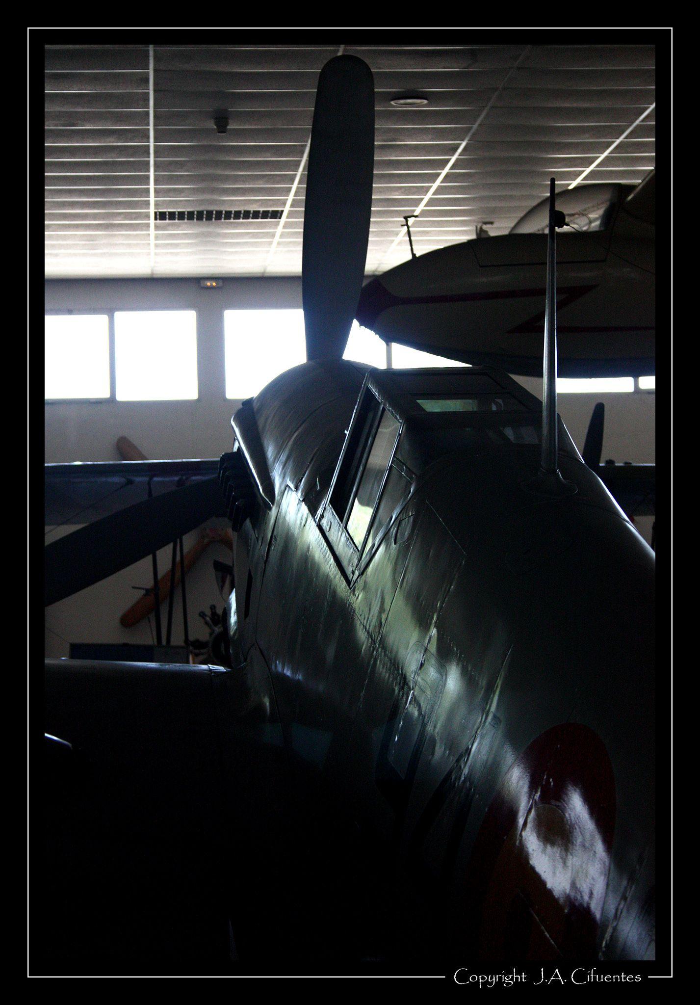 Hispano Aviación HA-1109 J-1L.