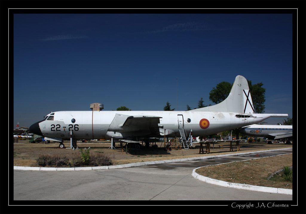 Lockheed P-3 Orion.