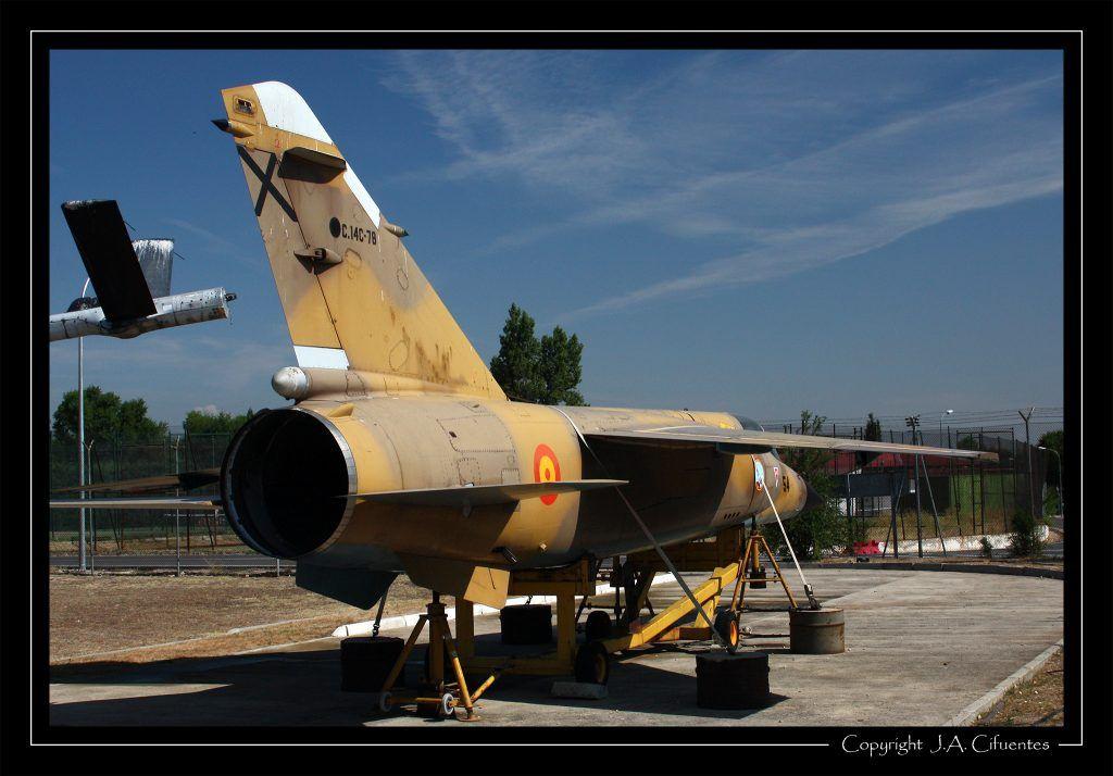 Dassault Mirage F-1.