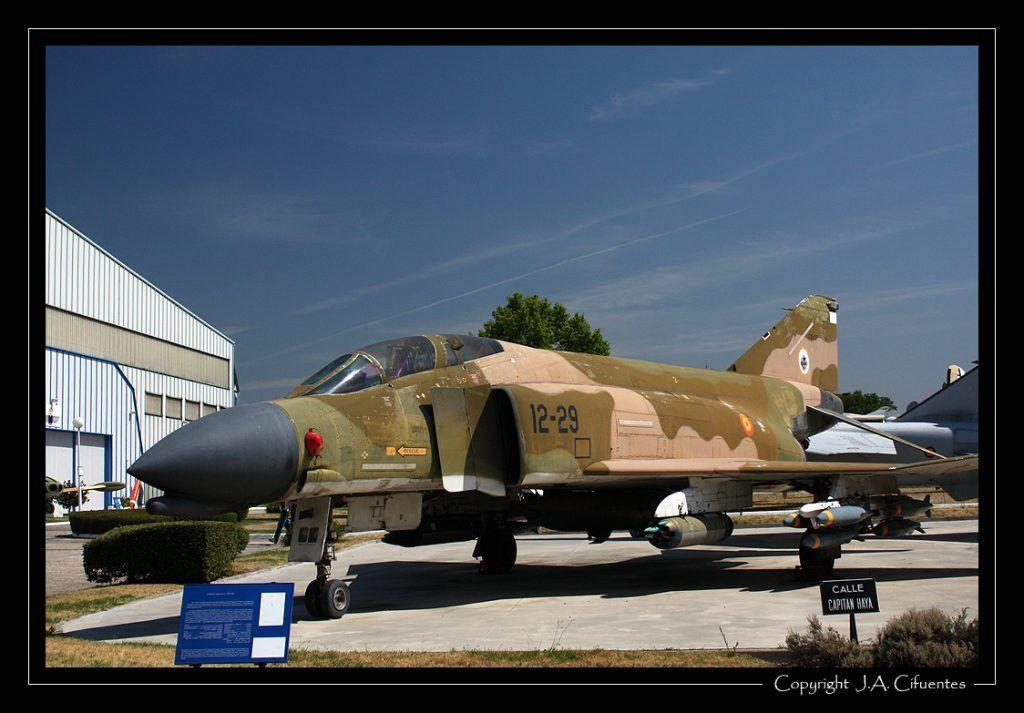 "Mc Donnell Douglas F-4C ""Phantom""."