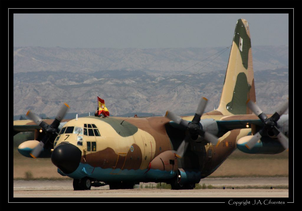 Lockheed C-130 Hercules del Ala 31.