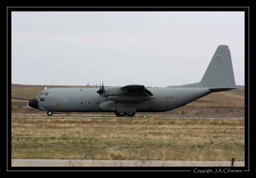 """Lockheed C-130 """"Hércules"""" del Ala 31 del Ejercito del Aire"""