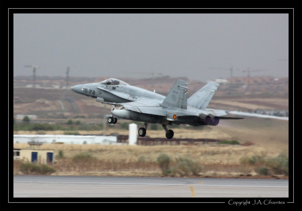 """McDonnel Douglas F-18 """"Hornet"""" del Ala 15 del Ejercito del Aire"""