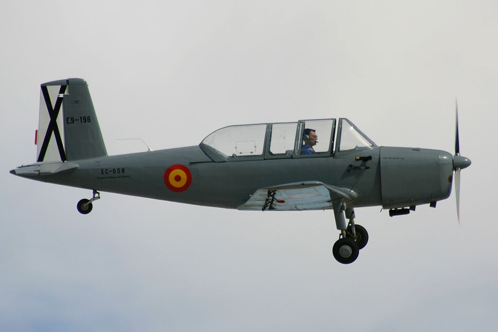 AISA I-115 «Garrapata» (EC-DDN).