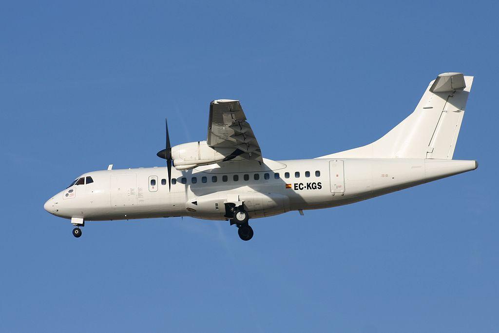 Aérospatiale/Alenia ATR 42-300 de Top Fly, S.L.