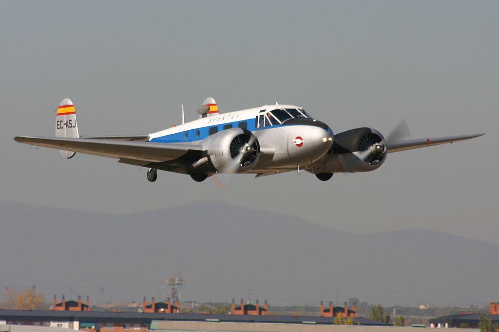 Beechcraft 18 C-45 H «Twin Beech» (EC-ASJ).