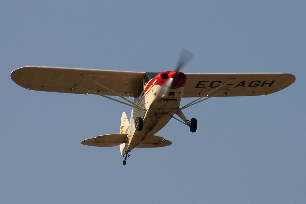 """Piper PA-20 """"Pacer"""" de la Fundación Infante de Orleans"""