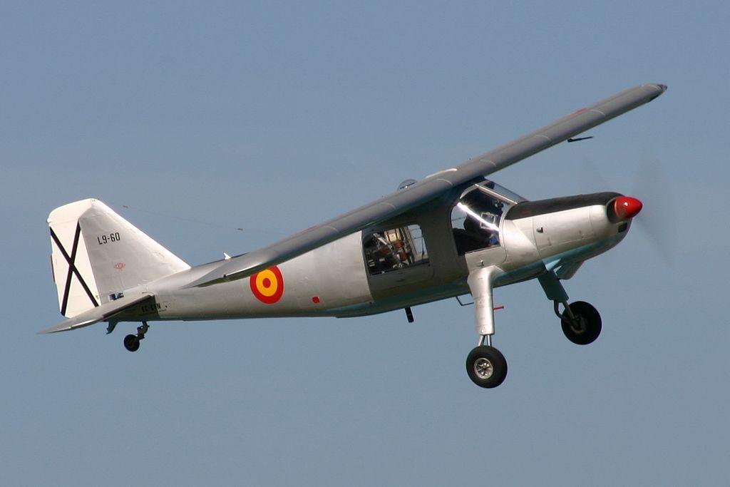 Dornier Do-27 (EC-CFN).