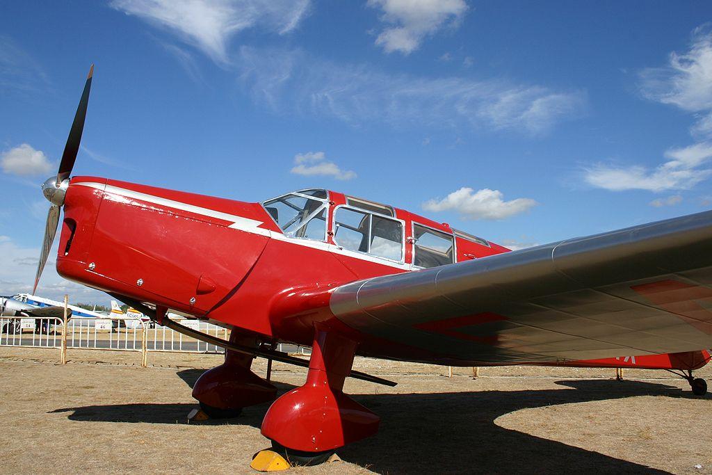 British Aircraft Eagle II (EC-KVR).