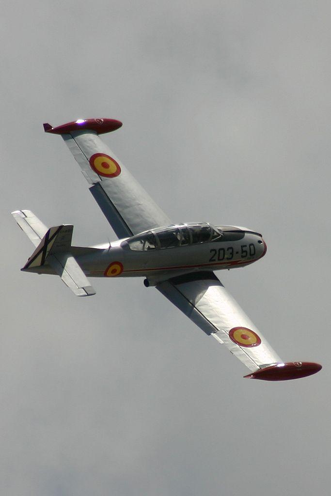 Hispano Aviación HA-200-D Saeta (EC-DXR).