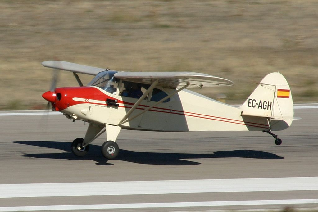 Piper PA-20 Pacer (EC-AGH).