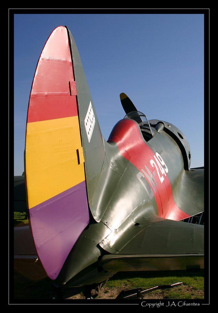 Polikarpov I-16 «Mosca» / «Rata» (EC-JRK)