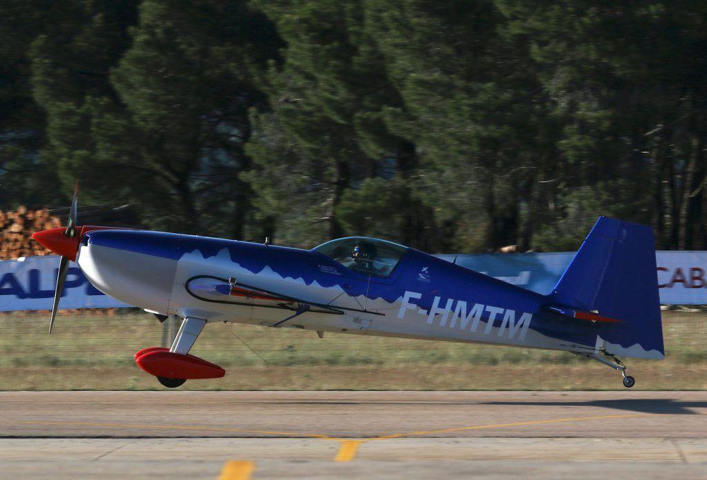 Extra 330SC (F-HMTM).